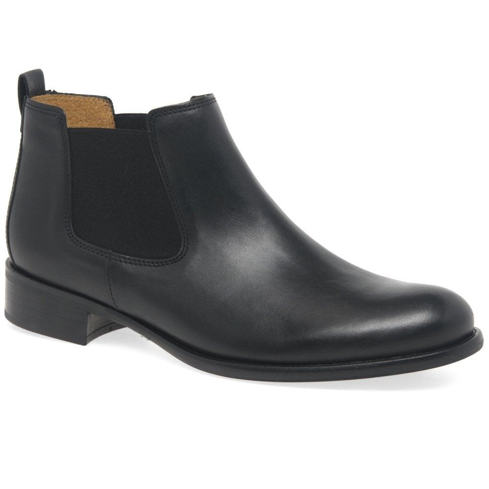 Zodiac Shoes  S Moccasins