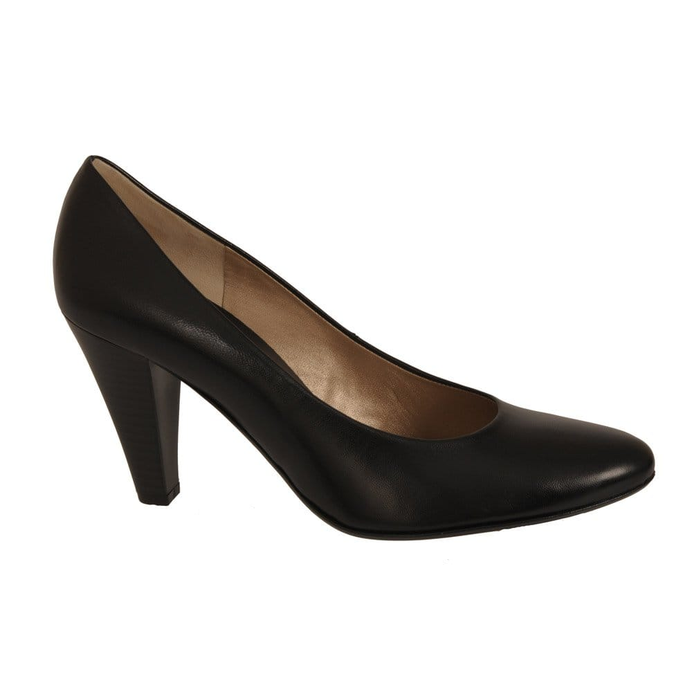 Shop for women's black shoes at rabbetedh.ga Next day delivery and free returns available. s of products online. Buy women's black shoes now! Black Leather Asymmetric Strap Court Shoes. £ Black Patent Mid Heel Court Shoes. £ Black Forever Comfort Bow Ballerinas. £ Black Snake Effect Pointed Block Heel Courts.