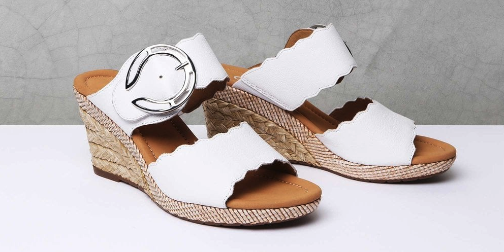 how to wear wedge sandals