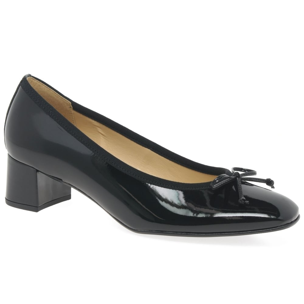 Belfast Womens Bow Court Shoes