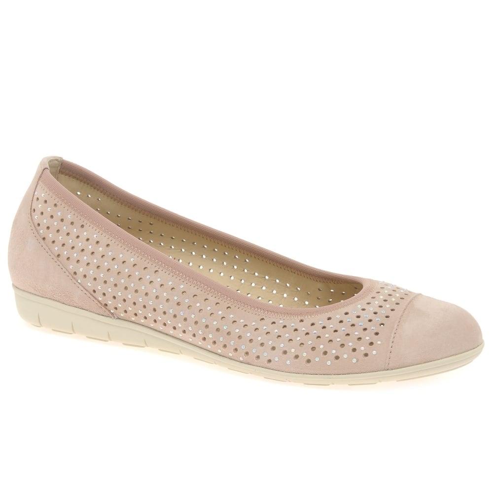Women Shoes Zara Stores