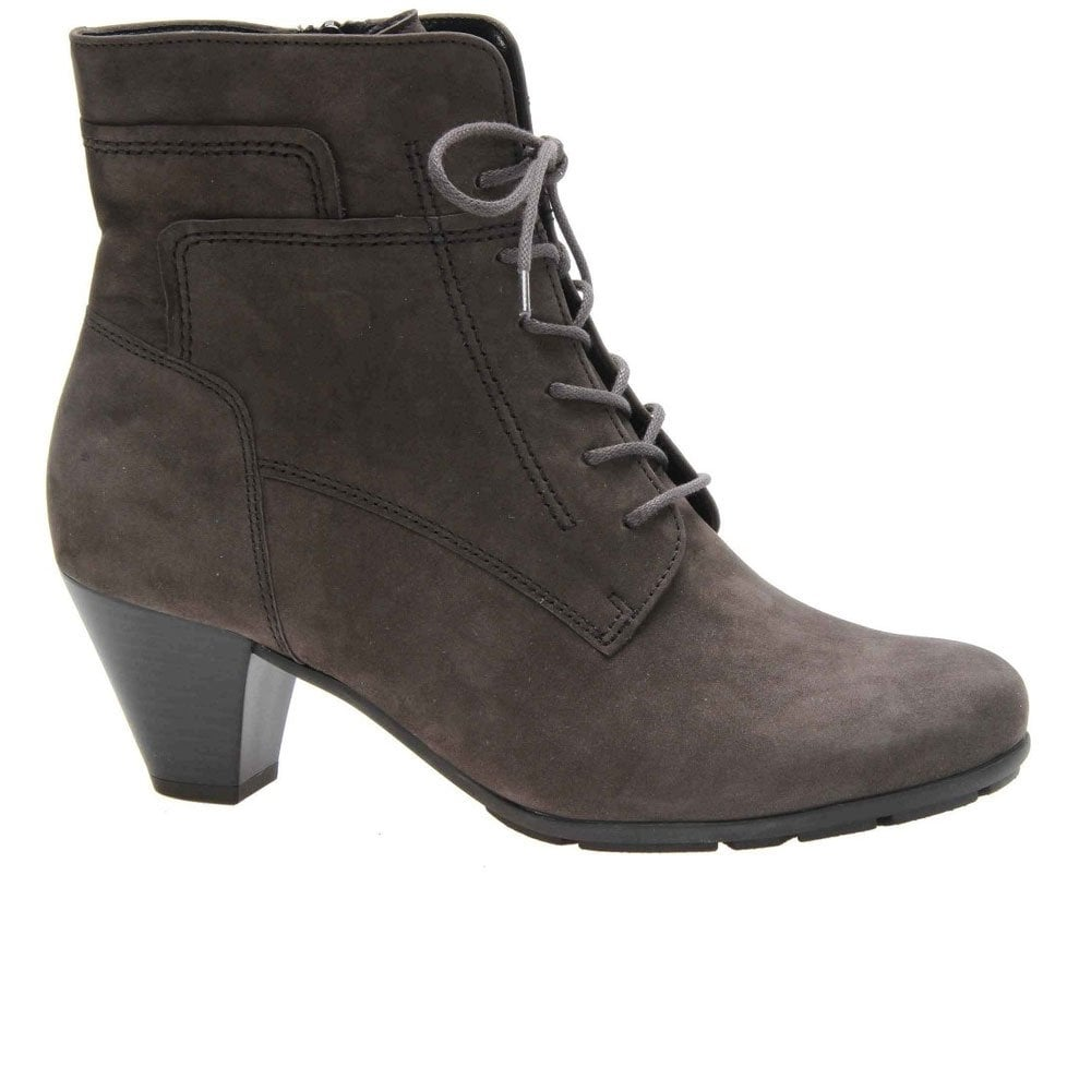 womens ankle boots with laces