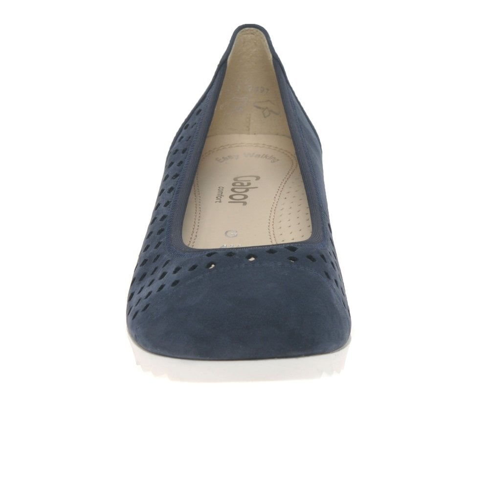 464f73f2853 Gabor Evelyn Ladies Low Wedge Shoes