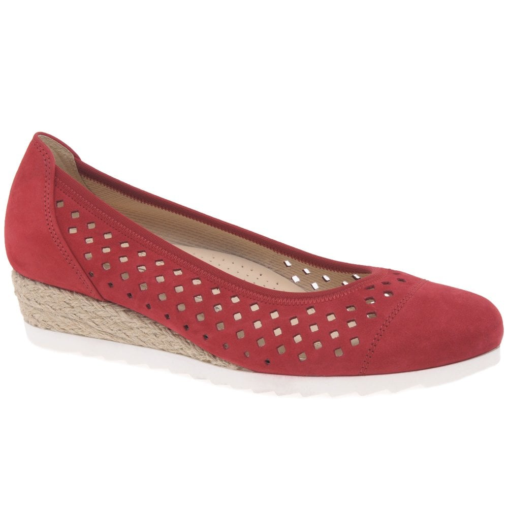 b79b7aaa32910 Gabor Evelyn Ladies Low Wedge Shoes | Gabor Shoes