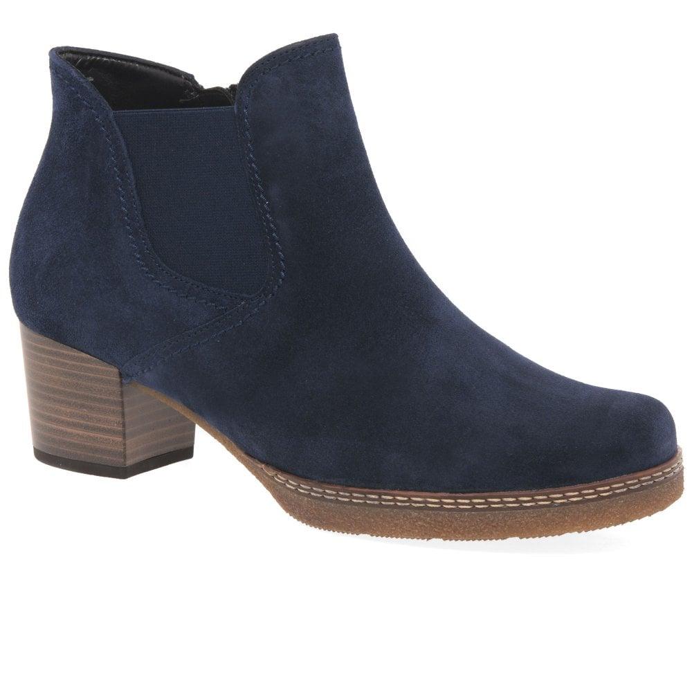 bdf3c5762e8 Lilia Ladies Chelsea Boots