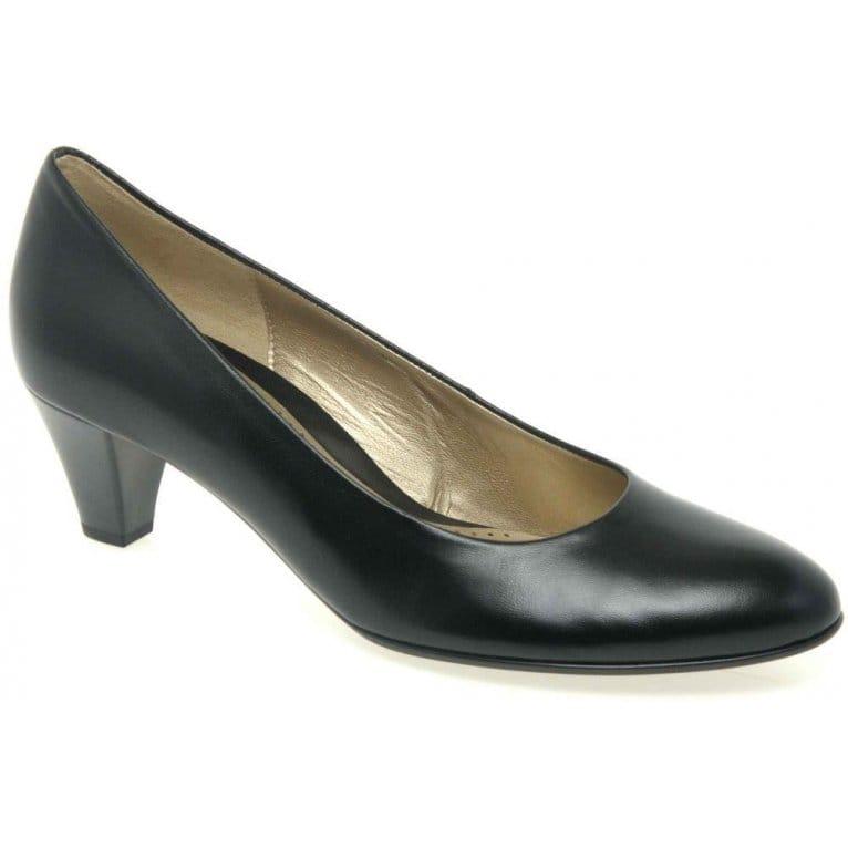 Court Shoes Medium Flat
