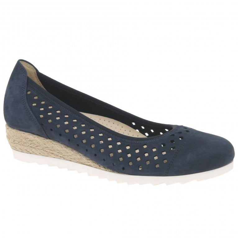 Gabor Evelyn Ladies Low Wedge Shoes