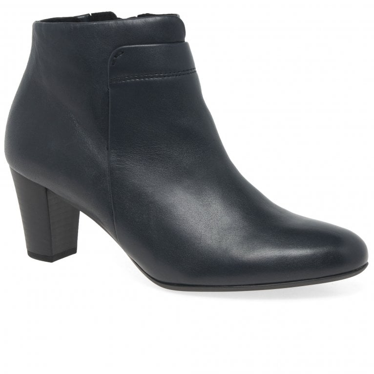 Matlock Womens Ankle Boots