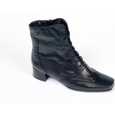 Cashmere Black Leather Ankle Boot 75.652