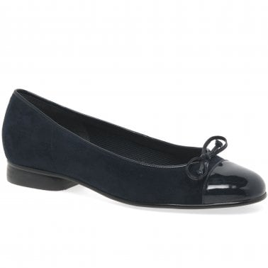 e565729c7f78 Bunty Ballet Pumps · Gabor Bunty Ladies Leather ...