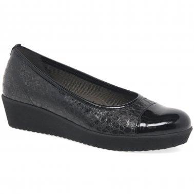ecd30a3f5f41 Orient Womens Wide Fit Casual Shoes · Black Croc